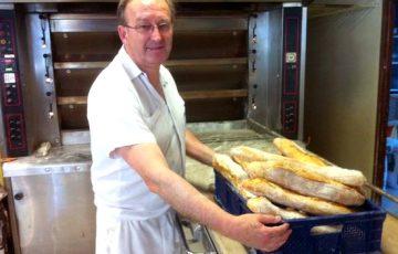 Boulangerie 4Pains in Trélissac verkoopt de beste baguettes van Dordogne.