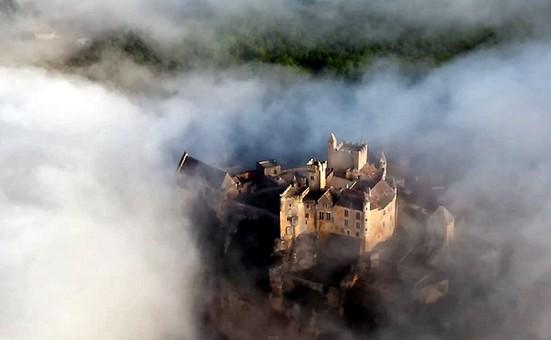 Dordogne Périgord: kasteel château castle Beynac-de-Cazenac.