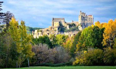 Dordogne-Perigord:  Château de Beynac beloond door Sotheby's en Monuments Historiques voor restauratiewerk.
