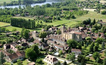 Trémolat aan de Dordogne, nummer 16 in de top 20 van plekken in Frankrijk die je nooit zou bezoeken, maar die dat wel verdienen - aldus The Telegraph.