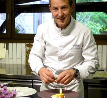 Dordogne Perigord: restaurants met Michelinster: chef-kok Alain Gardillou van Le Moulin du Roc